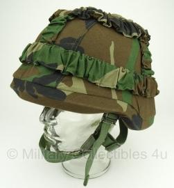 Korps mariniers helmet - size Small - ongebruikt - met nieuwste KORPS MARINIERS overtrek - origineel