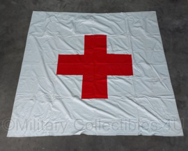Vintage Wo2 model rode kruis vlag - 204 x 207 cm - origineel