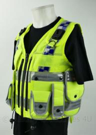 Britse Politie Police fluor geel luxe vest met portofoonhouders en bijbehorende tasjes - kogelwerende hoes leeg - nieuw - maat small - origineel