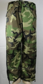 US army Woodland trousers cold weather - regenbroek - maat Small of Medium . - origineel