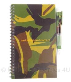 KL Nederlandse leger notitieboekje woodland met toebehoren - 9 x 13 cm - origineel