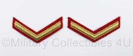 Korps Mariniers Barathea arm rangemblemen paar - goud op rood - Marinier 2e klasse - 8,5 x 4 cm - origineel