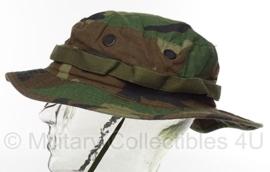 US Army en Korps Mariniers Boonie Hat Woodland Hat Sun Woodland Type III - maat 7 1/4 = 56 cm  - licht gedragen - origineel