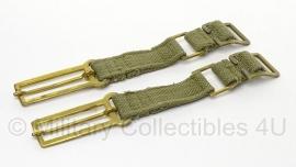 2 stuks Britse leger WO2 model koppelstukken - webbing - groen/ messing - origineel