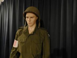 US M1 helmet en M43 field jacket