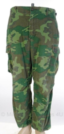 US Army ERDL poplin camo jungle fatique uniform broek zeldzaam 1968-  maat Medium/ Short - origineel