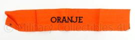 WO2 Nederlandse verzetsarmband Oranje - met de E van de maker - afmeting 43 x 7,5 cm - origineel