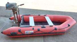 Defensie Rubberboot met buitenboord motor - model AP-RIB330 met Suzuki DT 3.5 motor - max 5 personen  - origineel