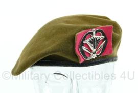 KL baret met insigne Militaire administratie 1963 - maat 56 - origineel