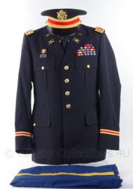 US Army Captain Air Defence Gala uniform set,  jasje, broek, overhemd en pet- met insignes en medailles -  maat L - origineel