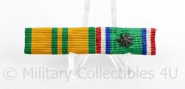 Nederlandse medaille baton met 2 medailles - NBVLO/Nieuw-Guinea - 6  x 1,5 cm - origineel