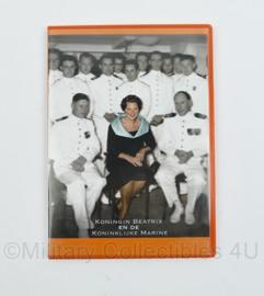 DVD Koningin Beatrix en de Koninklijke Marine - instituut voor maritieme historie -  19 x 13,5 cm - origineel