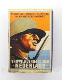 WO2 Duits luciferdoosje van echt hout - SS Freiwilligen Legion Nederland - afmeting 6 x 4 cm - replica