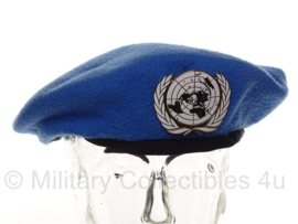 VN UN United Nations baret met metalen insigne - Lantrade Global Supplies Ltd - maat 59  - geheel origineel