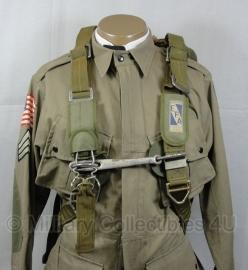 Parachute harnas Parachute pack - lijkt op AN6513 T5 parachute harnas - origineel
