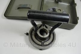 Fuze setter M28 (voor oa 105mm Howitzer) - met kist