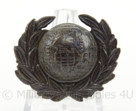 Britse Royal Marines Officer cap badge - afmeting 3,5 x 3 cm - origineel