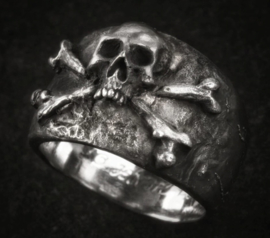 Brunswick Leibbataillon Ring Skull & Bones - size 7 of 8