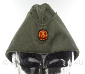 DDR schuitje voor werk uniform - maat 55 - origineel