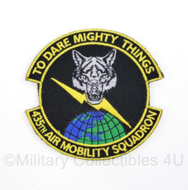 US Army 435th Air Mobility Squadron embleem met klittenband  - To Dare Mighty Things - 8 x 7,5 cm - origineel