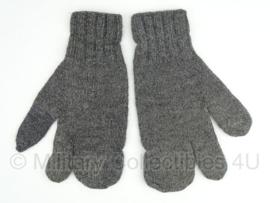 Handschoenen / wanten wol Zwitserse leger - Grijs/ Feldgrau  - origineel