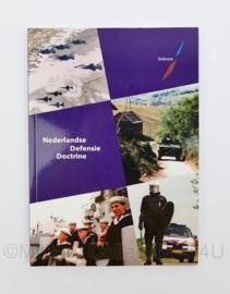 Nederlandse Defensie Doctrine naslagwerk - 24 x 17 x 0,5 cm  - origineel