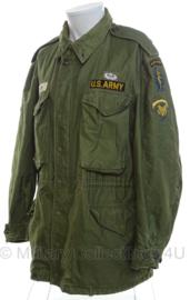 US M51 field jacket met voering Special Forces m1951 Vietnam oorlog periode - met insignes - maat Medium/Regular - origineel