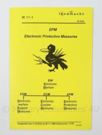 KL Landmacht Instructiekaart EPM Electronic Protective Measures - IK11- 1 - afmeting 10 x 15 cm - origineel