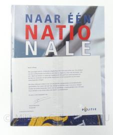 """Boek Nederlandse politie """"naar een nationale politie"""" - geseald - origineel"""