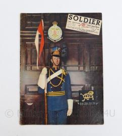 The British Army Magazine Soldier Vol 8 No 2 April 1952 -  Afkomstig uit de Nederlandse MVO bibliotheek - 30 x 22 cm - origineel