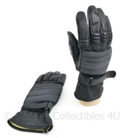 Nederlandse ME mobiele eenheid nieuwe zwarte handschoenen met Kevlar - maat 9 - origineel