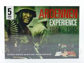 Ardennen Expierence 1944 1945 bevat 5 dvd's, tactische kaart, poster en brief - speelduur 285 minuten - nieuw - origineel