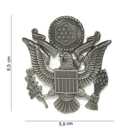 US Army en USAF US Air Force officiers visor cap insignia ZILVER -  metaal - 6,5 x 5,9  cm.