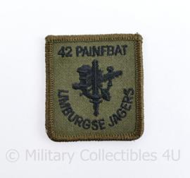 Borstembleem met klittenband van 42 Painfbat Limburgse Jagers - 4,5 x 5 cm - origineel