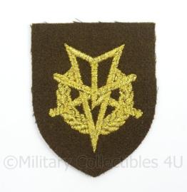 KL Landmacht vaardigheids borst embleem MLV Militaire Lichamelijke Vaardigheden - afmeting 5,5 x 7 cm - origineel