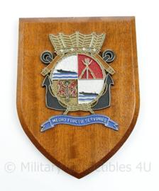 Wandbord Korps Mariniers Medio Flucto Sevimus Joost Dourleinkazerne  18 x 14 x 1,5 cm - origineel
