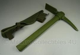 Pickhouweel US Army  - met originele WO2 tas