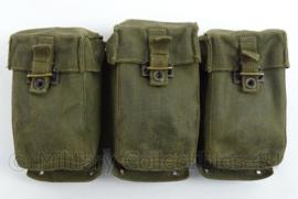 KL Landmacht D.W. magazijn tassen set van FAL geweer - met stempel - afmeting 28 x 18 x 4 cm - origineel