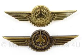 BW Bundeswehr borstspange Tatigkeitsabzeiche Waffensystemoffizier brons of goud - Luftwaffe - afmeting 8 x 2 cm - origineel