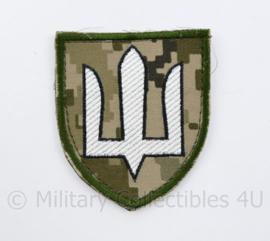Camouflage Ukrainian Army patch emblem Flag Cossack Sables White on camouflage - met klittenband  - 8,5 x 7 cm - origineel
