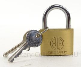 Nederlands Leger hangslot - euro safety - met 2 sleutels - nieuw in de verpakking - 40 x  31 x 15 mm - origineel