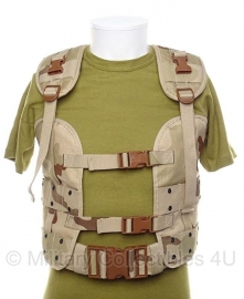 Nederlands bokkentuig - load bearing vest  - DESERT camo - maat Medium -  origineel