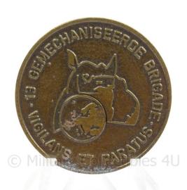 KL Landmacht Coin 13e gemechaniseerde brigade - doorsnede 3,5 cm - origineel