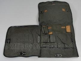 Russische M56 tas voor lichtpistool met toebehoren - origineel