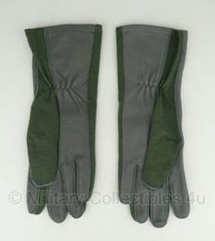 KL leger handschoenen Leder / Nomex groen - maat 11  -licht gebruikt - origineel