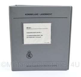 KL Handboek VR 8-1 voorlopige richtlijn Geneeskundige Dienst - uitgave van 1986 -  22,5 x 20 x 6 cm - origineel