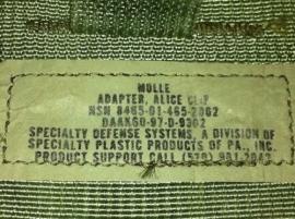 US Army MOLLE adapter Alice clip -  origineel