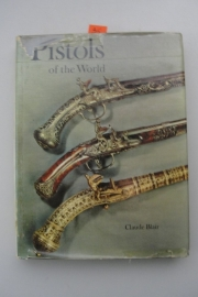 Boek Pistols of The World