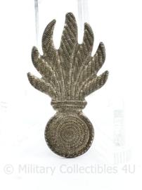 Korps Rijkspolitie jaren 50 pet of schuitje insigne metaal - 3 x 2 cm - origineel