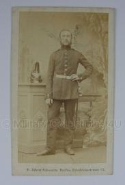 Duitse WO1 pasfoto van soldaat op origineel kaartje - 6 x 10 cm. - origineel